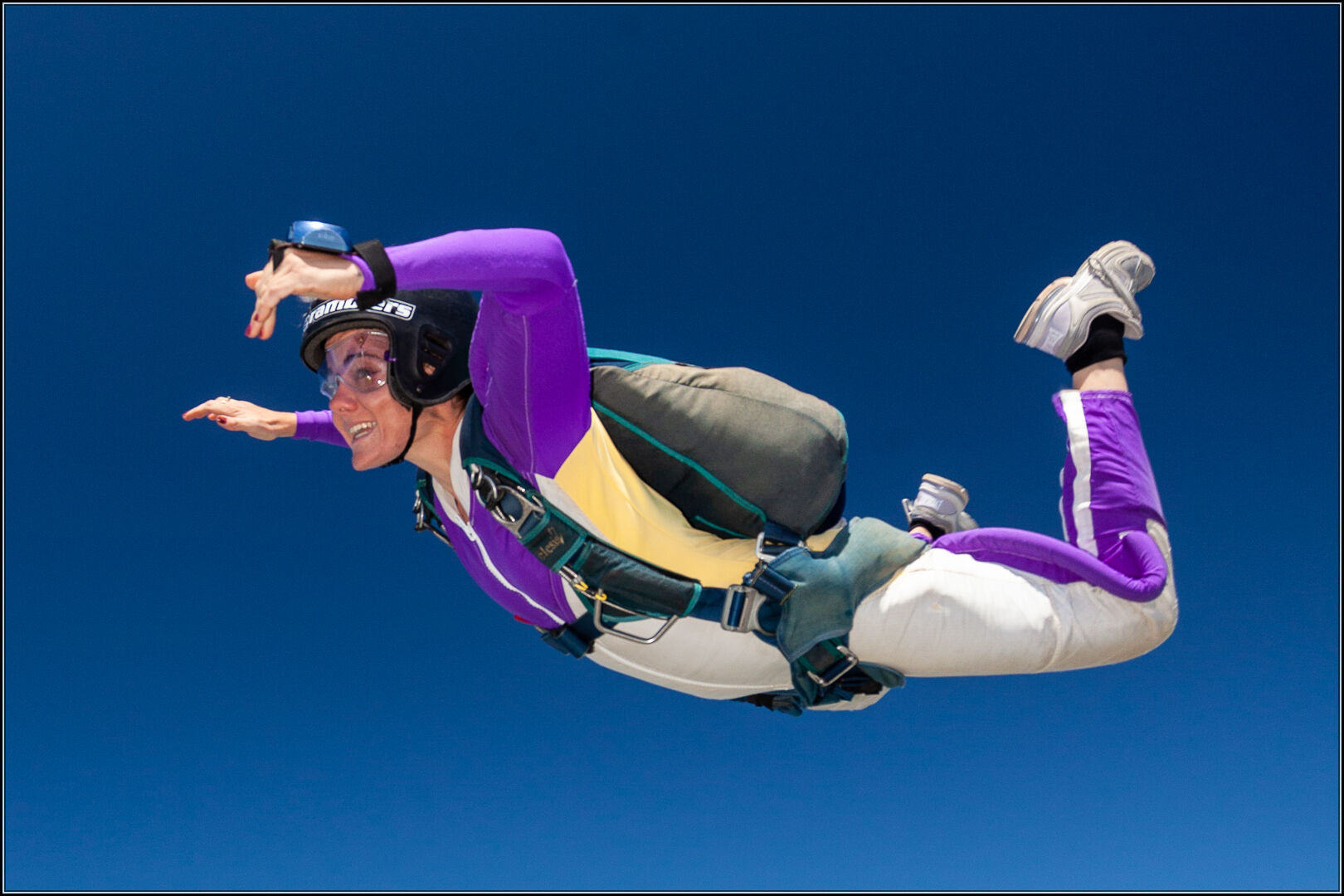 accelerated_freefall_skydiving
